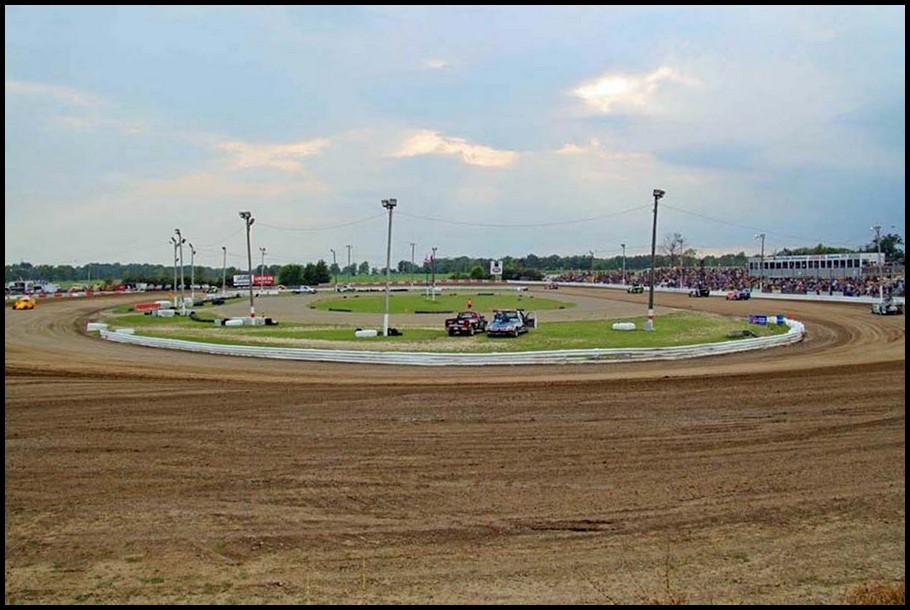 Merrittville Speedway. Courtesy of Rick Kavanagh