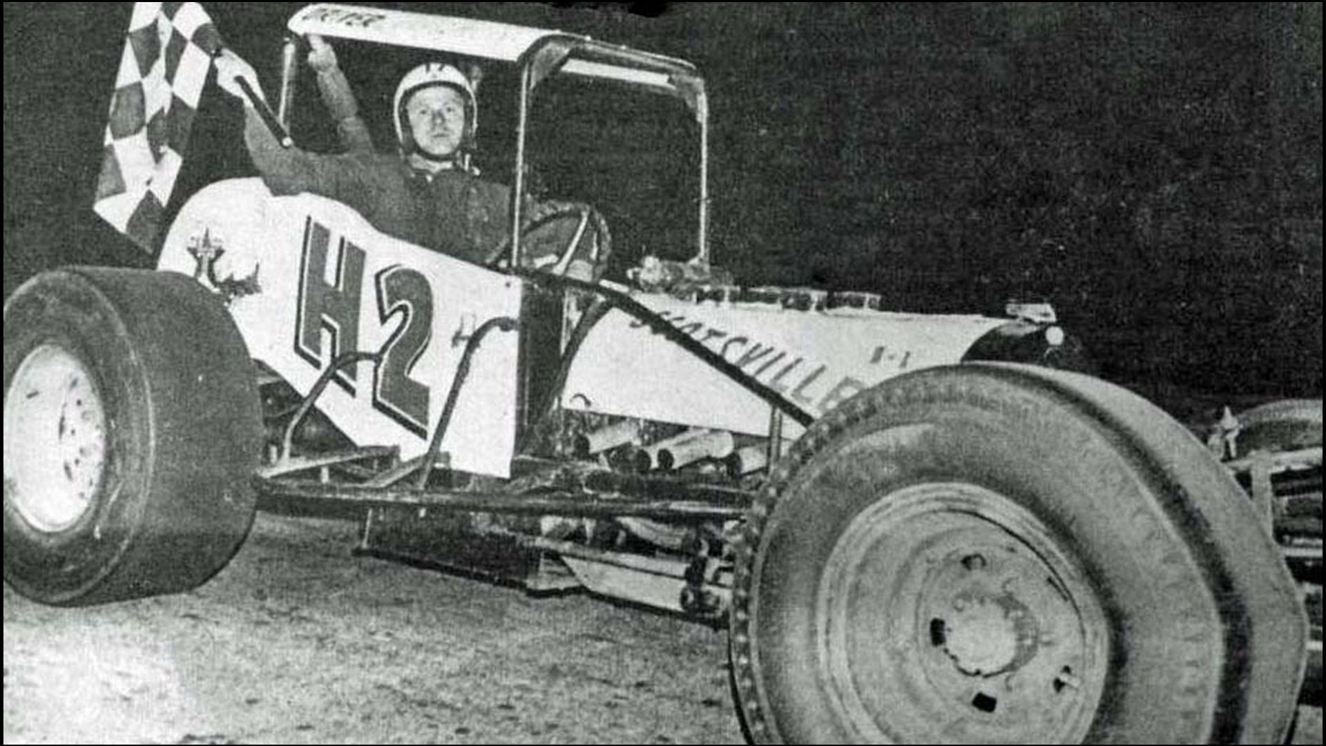 Charlie-McCann-in-Victory-Lane-at-Delaware-Speedway-in-1967.-Courtesy-of-Glen-Tustin