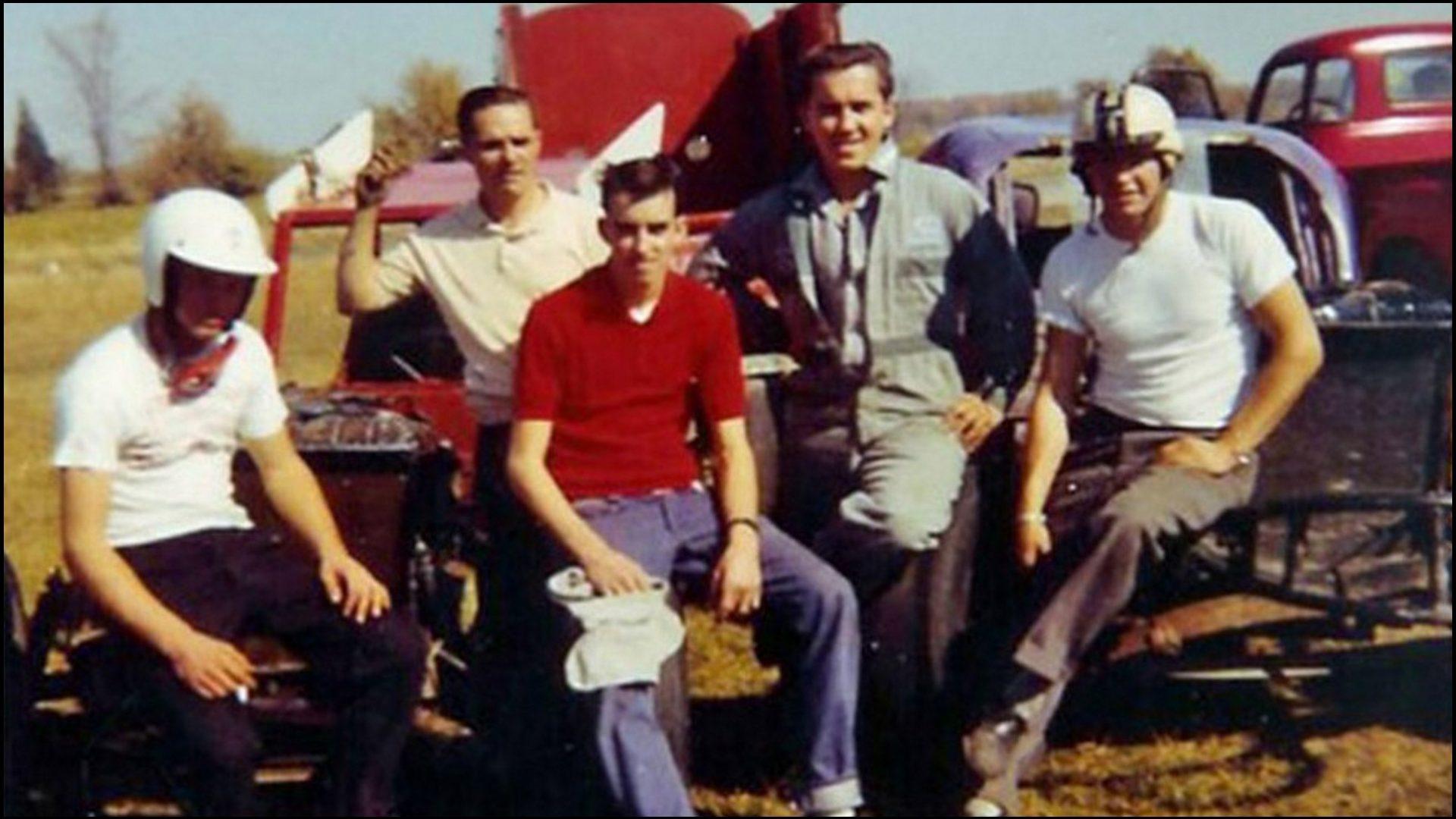 Dick-Mahoney-White-Helmet-Oakley-Sedore-Gib-Paul-Doug-Prior-and-Johnny-Iynas-at-South-Shore-Speedway.-Courtesy-of-Dick-Mahoney.