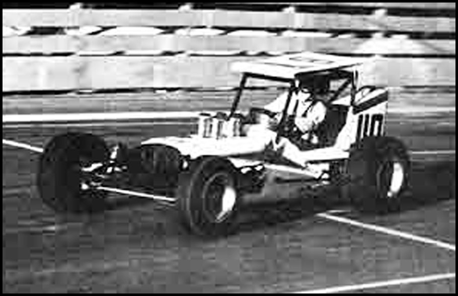 Jack Greedy in his Upright Chassis at Oswego in 1968. Courtesy of John Greedy
